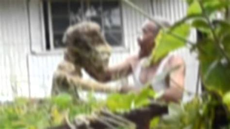 UFO Sightings 80 Year Old Man Attacked by Reptilian