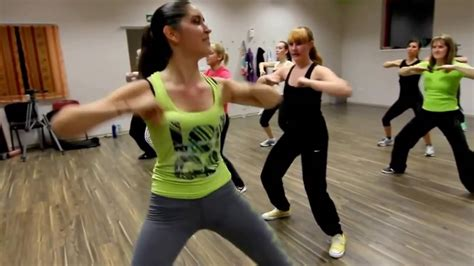 Zumba Dance Workout For Beginners Step By Step With Music