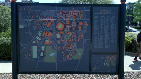 New mall-styled AU maps on campus